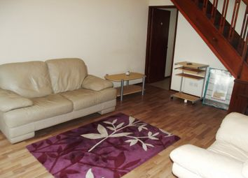 2 bed property to rent in Addison Close, Manchester, Ardwick M13