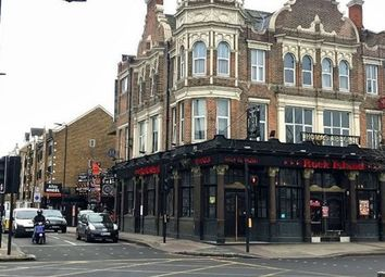 Thumbnail Pub/bar to let in Thomas A Becket, 320 Old Kent Road, London