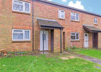 2 bed maisonette to rent in Copland Close, Basingstoke, Hampshire RG22