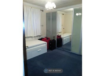 Thumbnail Room to rent in Ellison Gardens, London