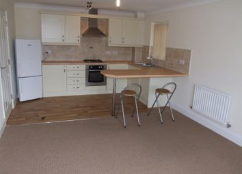 2 bed flat to rent in Woolcombers Way, Tyersal, Bradford BD4
