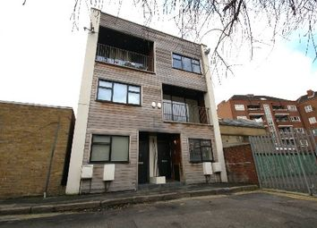 Thumbnail 2 bed town house to rent in Barn Street, Stoke Newington