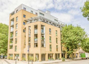 Thumbnail 2 bed flat to rent in George Row, London
