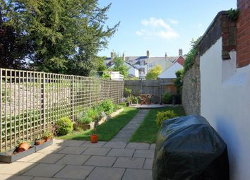 Thumbnail 2 bed flat to rent in Archer Road, Penarth