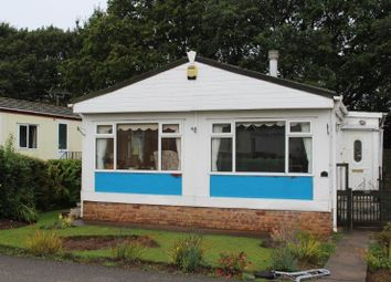2 bed mobile/park home for sale in Oak Drive, Old Mill Lane, Forest Town, Mansfield NG19