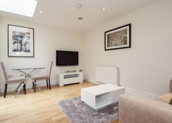 Thumbnail 1 bed mews house to rent in Castlereagh Street, London