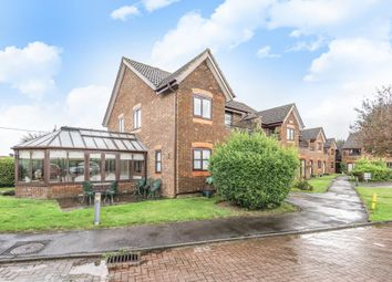 Thumbnail 2 bedroom flat for sale in Stokenchurch, Buckinghamshire