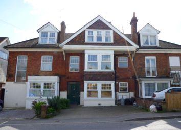 Thumbnail 3 bed flat to rent in Station Road, Dunton Green, Sevenoaks