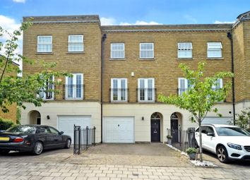Chadwick Place, Long Ditton, Surbiton KT6. 4 bed town house