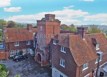 Thumbnail 1 bedroom flat for sale in Highfields, Marlow