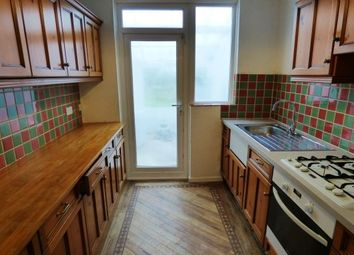 3 bed property to rent in Westrow Drive, Barking IG11