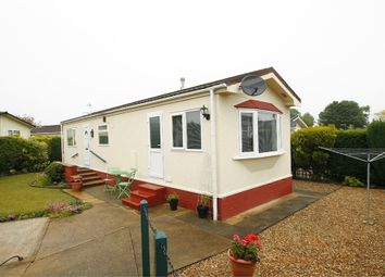 Thumbnail 2 bedroom mobile/park home for sale in Heathlands Park, Foxhall Road, Ipswich, Suffolk