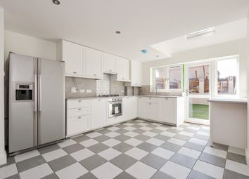Thumbnail 3 bed town house to rent in Sycamore Hill, London
