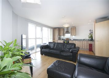Thumbnail 1 bed flat for sale in Queensland Road, Islington
