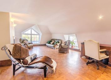 Thumbnail 2 bed flat for sale in Copgate Path, London