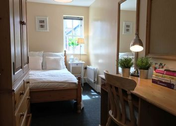 Room to rent in Bedroom 2, 9 Lillico House (19/20), Sandyford Road, Jesmond NE2