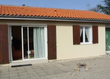 Thumbnail 3 bed bungalow for sale in Ruffec, Charente, France