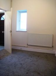 Thumbnail 2 bedroom flat to rent in Albert Road, Cleethorpes