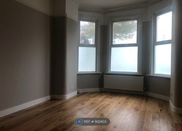 Thumbnail 1 bed flat to rent in Umfreville Road, London