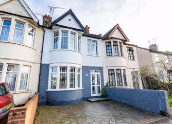 3 bed property for sale in Central Avenue, Southend-On-Sea SS2