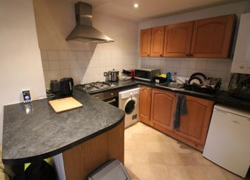 Thumbnail 1 bed flat to rent in Berrylands Road, Berrylands, Surbiton