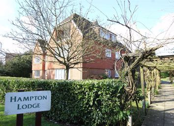 1 bed flat to rent in Hampton Lodge, Horley RH6
