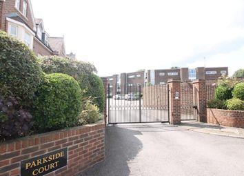 2 bed flat to rent in Parkside Court, Weybridge KT13