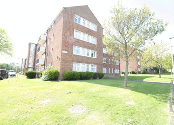 Thumbnail 2 bedroom flat to rent in Broomhill Road, Woodford Green