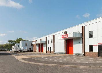 Thumbnail Warehouse to let in Saxon Way, Heathrow