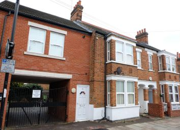 Thumbnail 2 bedroom flat to rent in Aspley Road, Bedford