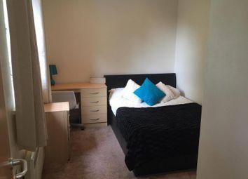 Thumbnail 2 bedroom flat to rent in Grosvenor Road, Headingley, Leeds