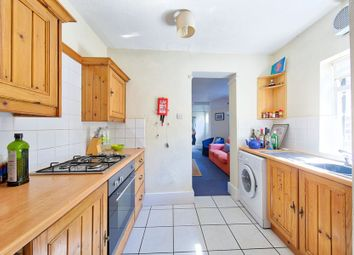 Thumbnail 2 bed flat to rent in Brightwell Crescent, Tooting