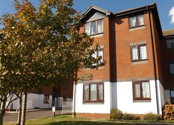 Thumbnail 2 bed flat to rent in 141 De La Warr Road, Bexhill-On-Sea, East Sussex