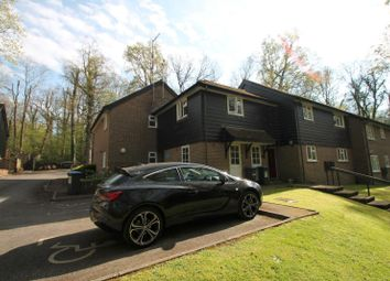 Thumbnail 1 bed flat to rent in The Weald, East Grinstead