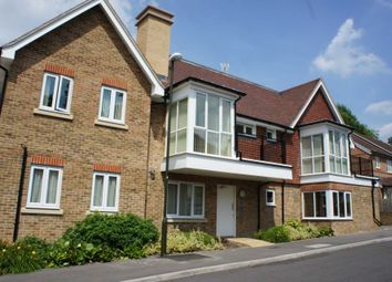 2 Bedrooms Flat to rent in Stone Court, Worth, West Sussex RH10