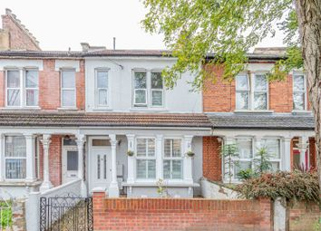 2 bed flat for sale in Lascotts Road, London N22