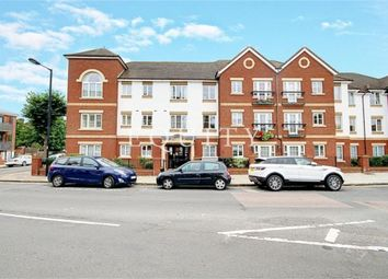 2 bed flat for sale in Pegasus Court, Green Lanes, Winchmore Hill N21