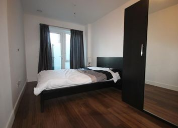 2 bed flat to rent in Dickens Yard, Ealing W5