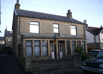 Thumbnail 4 bed detached house to rent in Haslingden Drive, Bradford