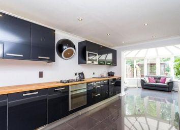 Thumbnail 4 bedroom detached house to rent in Thompsons Close, Cheshunt, Waltham Cross
