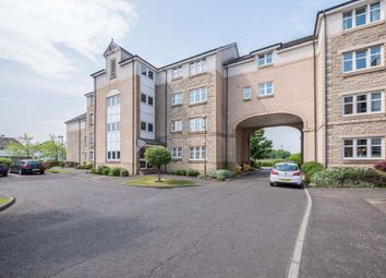 3 bed flat to rent in Meadow Place Road, Corstorphine EH12