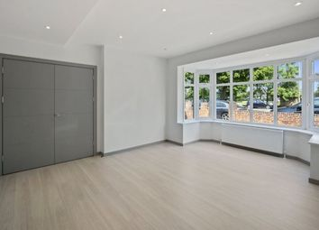 Thumbnail 5 bed property to rent in East End Road, Finchley
