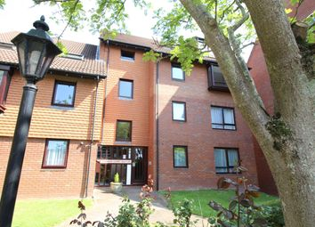 Thumbnail 1 bed flat to rent in Marina Gardens, Bristol