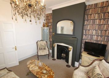 Thumbnail 1 bed flat to rent in 21 Westcliff Parade, Westcliff On Sea, Essex