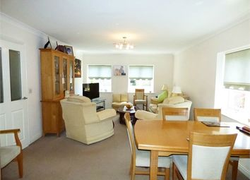 Brickfield Farm Close, Longfield, Kent DA3. 2 bed flat
