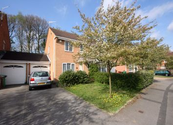 3 bed shared accommodation to rent in Ellwood Crescent, Nottingham, Nottinghamshire NG8