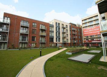 Thumbnail 2 bed flat to rent in Midland Road, Hemel Hempstead