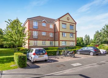 Thumbnail 1 bed flat for sale in Meadow View, Chertsey