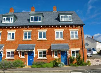 Thumbnail 3 bedroom town house for sale in Turnpike Road, Andover