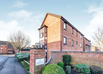 Thumbnail 1 bed flat to rent in Farriers Road, Epsom